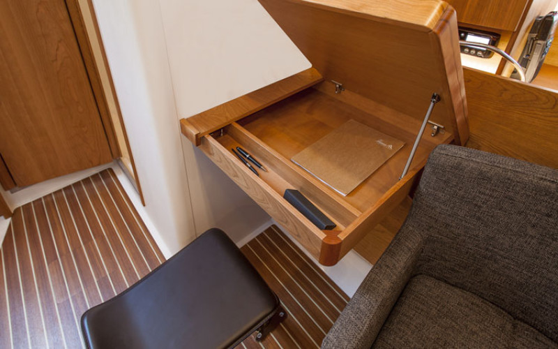 Hanse 445 sailboat rental croatia yacht charter for Hanse meuble catalogue