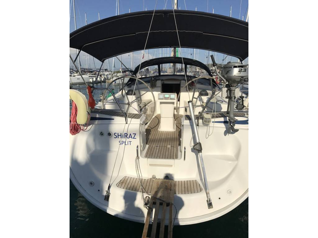 Bavaria 42 Cruiser, Shiraz