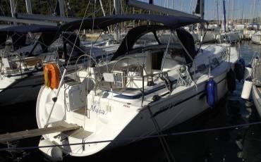 Bavaria 42 Cruiser, Maca