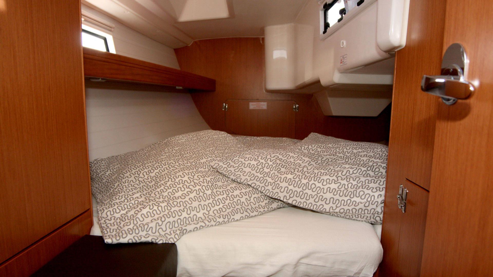 Bavaria Cruiser 33, Chili