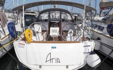 Bavaria Cruiser 34, Aria