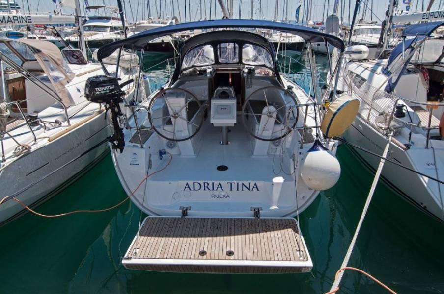 Bavaria Cruiser 34, Adria Tina