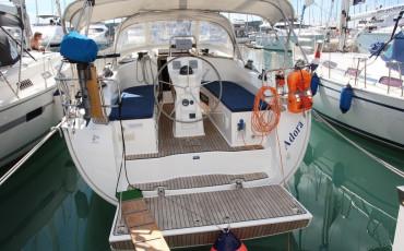 Bavaria Cruiser 36, Adora