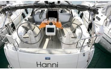 Bavaria Cruiser 37, Hanni
