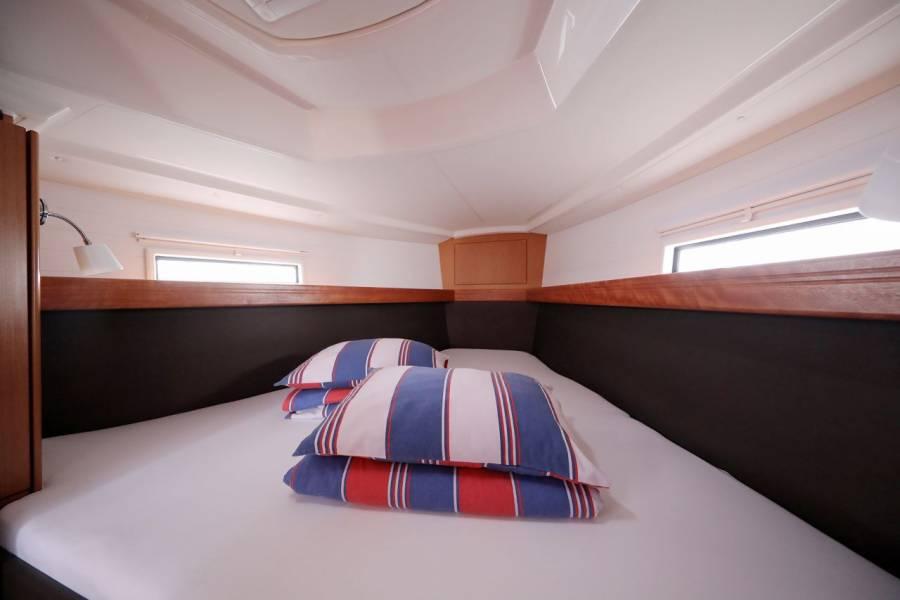 Bavaria Cruiser 37, SUN COURSE