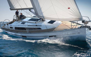 Bavaria Cruiser 37, SUN COURSE