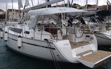 Bavaria Cruiser 37, Barbera