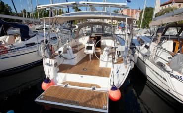 Bavaria Cruiser 37, Marija