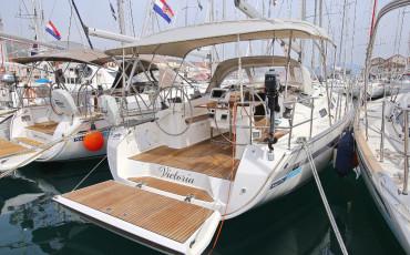 Bavaria Cruiser 40, Victoria*