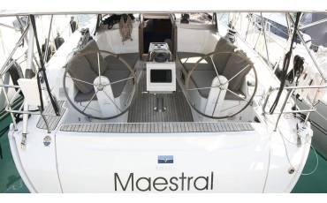 Bavaria Cruiser 41, Maestral