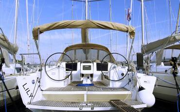 Dufour 410 GL, Lily