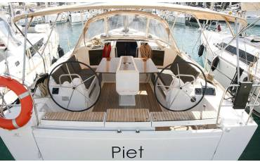 Dufour 412 GL, Piet