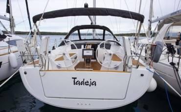 Hanse 388, Tadeja