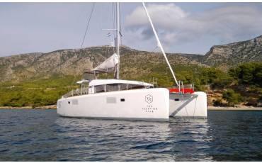 Lagoon 39, White Cat (with webasto)