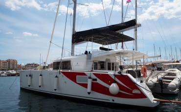 Lagoon 450 F, Summer Wind 1 (AC 4 cabin version, generator, icemaker)
