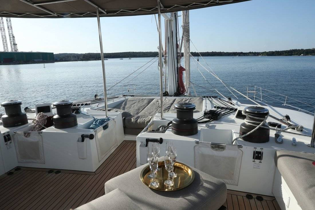 Lagoon 620, Spirit of Adventure - CREWED (Skipper & Cook)