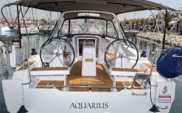 Oceanis 35, Aquarius