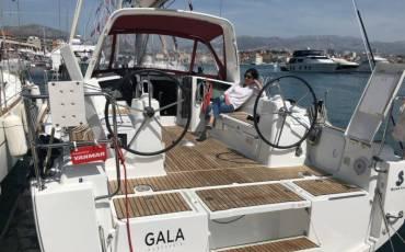 Oceanis 35, Gala