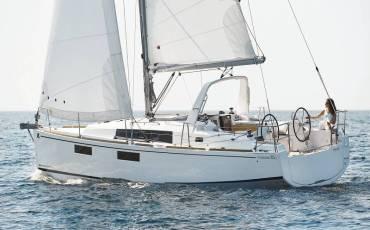 Oceanis 35.1, Maya Bay 2