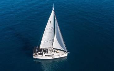 Oceanis 38.1, Cvita