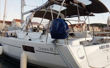 Oceanis 41.1, WHITE BIRD
