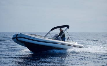 Ris Marine Exclusive 650, Roby 1
