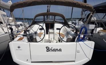 Sun Odyssey 349, BRIANA