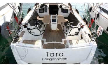 Sun Odyssey 389, Tara