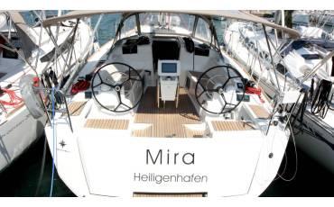 Sun Odyssey 419, Mira